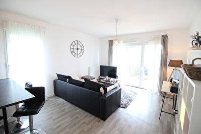 Appartement recent 2 pieces 45.45 m2 avec terrasse a Saint Nazaire.