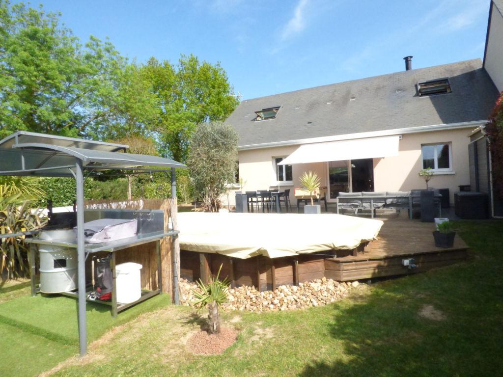 Maison et piscine chauffée 20min sud Angers- Ref P3497
