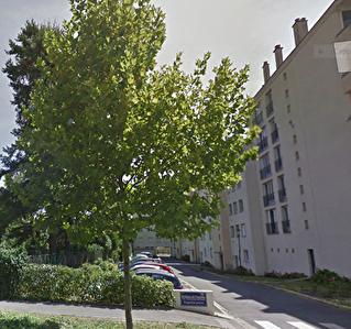 A VENDRE - OLIVET VAL - Appartement 4 pieces 2 ch balcon box ferme