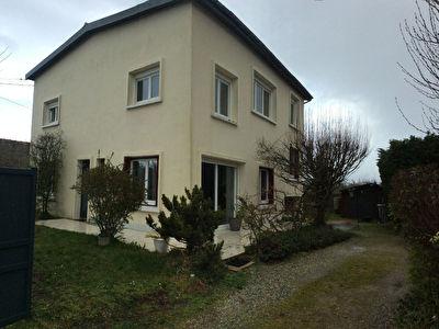 Maison 173 m2, 6 chambres, terrain 640 m2- OLIVET SUD.