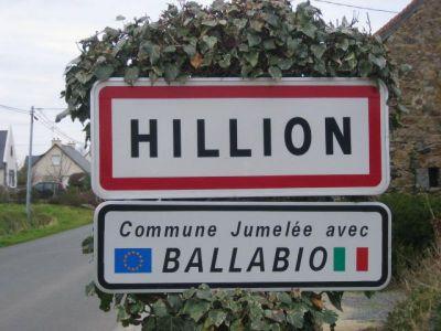 Terrain 693m2 Hillion