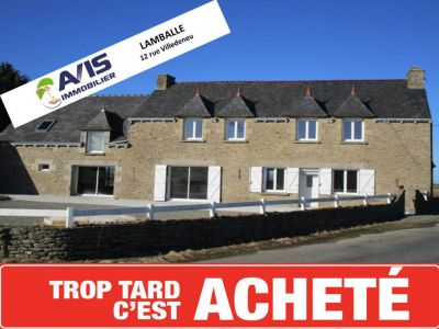 Maison Saint Glen  4 pieces 180 m2