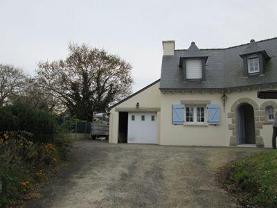 Maison proche bourg Pleneuf , deux logements.