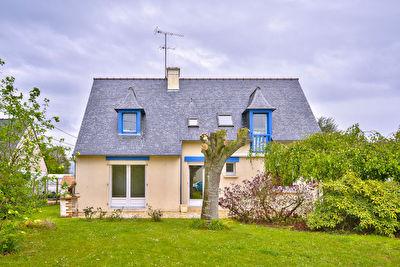 Maison neo bretonne Quessoy quatre chambres