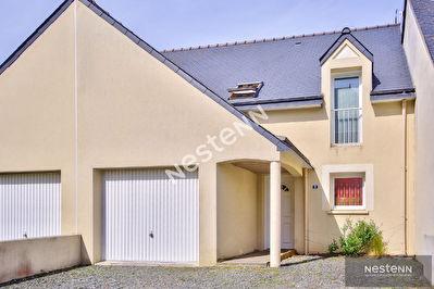 Maison contemporaine trois chambres bourg d'Hillion
