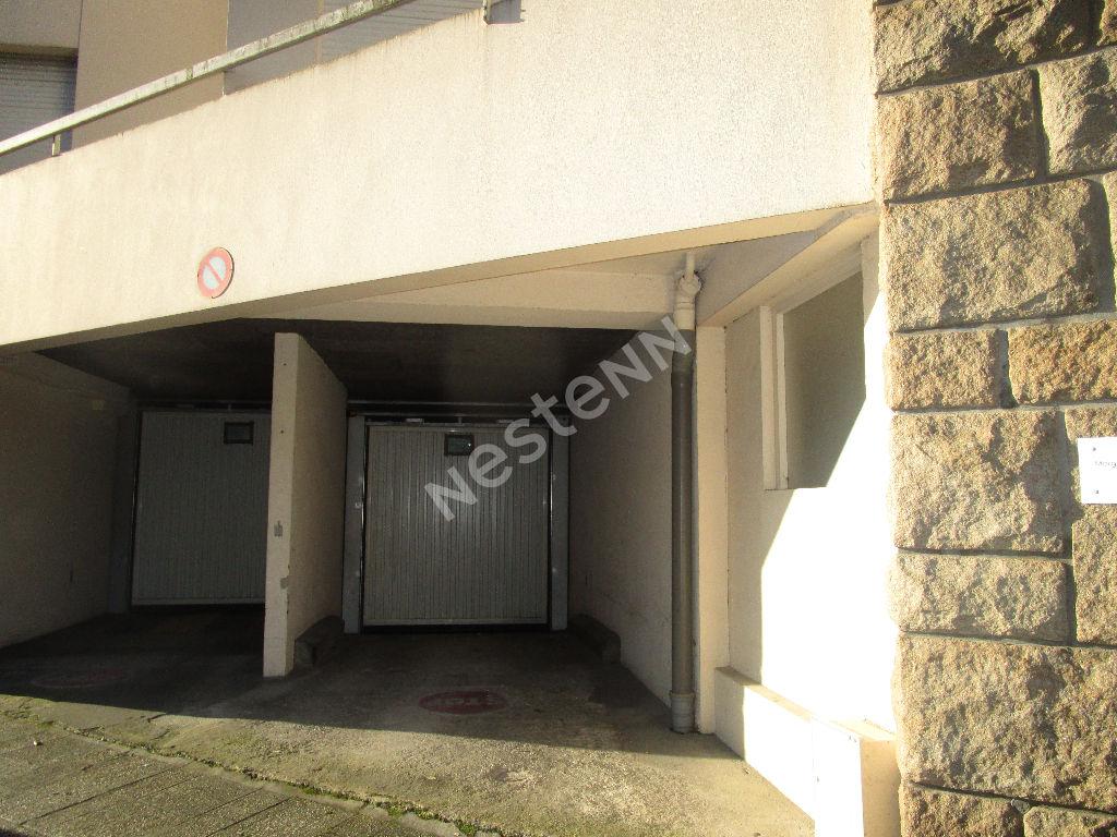 Parking / box centre ville Saint Brieuc 17 m2