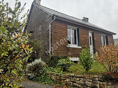 Maison vivable de plain pied d'environ 140 m2 LE GOURAY