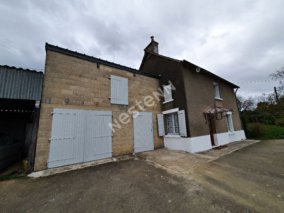 Maison Langourla avec terrain de plus de 3000 m2
