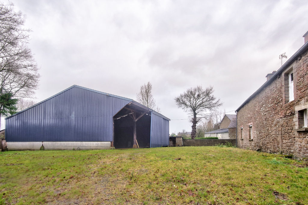 Maison Le Gouray, 3 chambres avec hangar et dépendances.