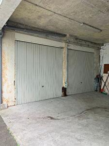 Grand garage / box proche IUT et centre ville