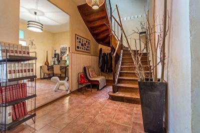 COLOMIERS - Veritable Toulousaine de 200m2 avec jardin et double garage