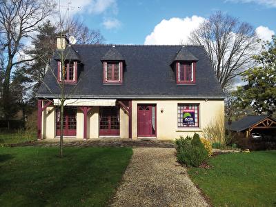 Belles prestations pour cette  maison traditionnelle de 140 m2 hab.