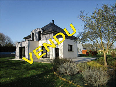 Jolie maison de 4 pieces a Josselin (56120)