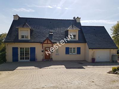 Jolie Maison de 5 pieces a Guillac (56800)