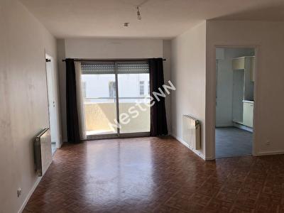 A LOUER - Appartement de 3 pieces a Ploermel (56800)