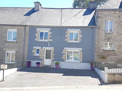 Maison de 3 pieces a Hellean (56120)