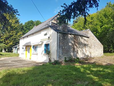 Maison de 4 pieces a Guillac (56800)