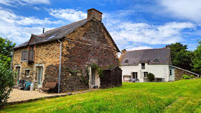 Ensemble de 2 Maisons a Loyat (56800)