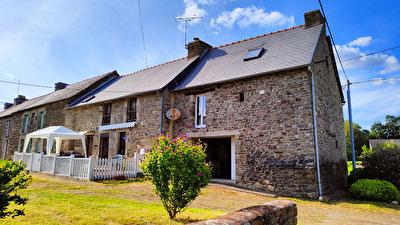 Ensemble de maisons a Saint Malo Des 3 Fontaines (56490)