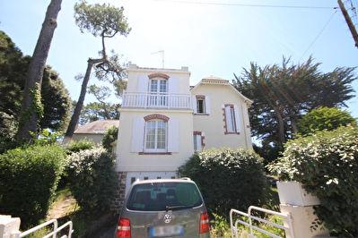 Maison ancienne Pornichet 6 pieces, 4 chambres, proche mer.