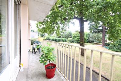 Nantes Tortiere - Appartement 3 chambres avec balcon et garage