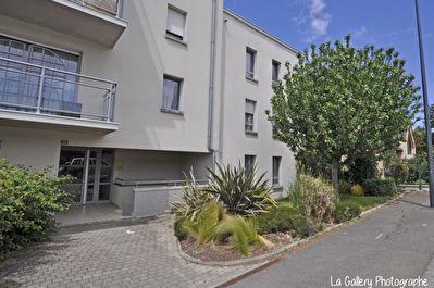 Appartement Chantepie 3 pieces avec garage et balcon