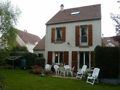 Maison Contemporaine MONTIGNY LE BRETONNEUX - 5 pieces - 120 m2