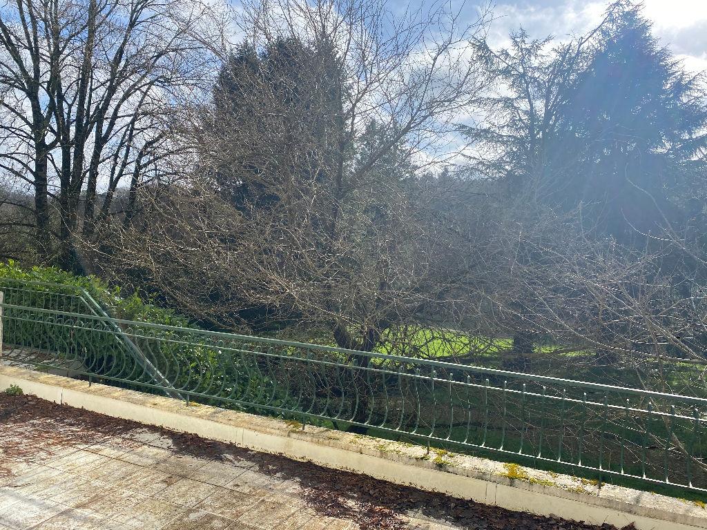 Orvault Bourg : Exclusivité Nestenn ! Demeure et environnement d'exception proche vallée du cens !