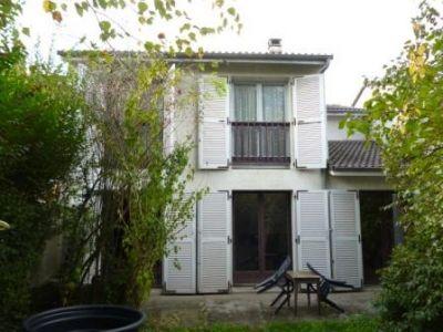 Maison Lons 6 pieces 107 m2