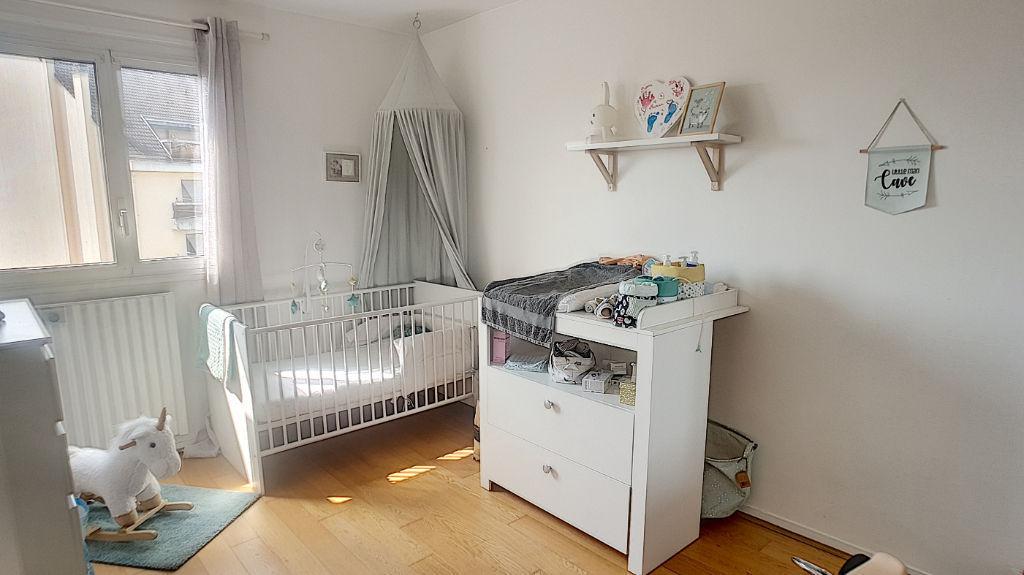 Appartement Pau 3 pièce(s) 65.29 m2 paking + cave