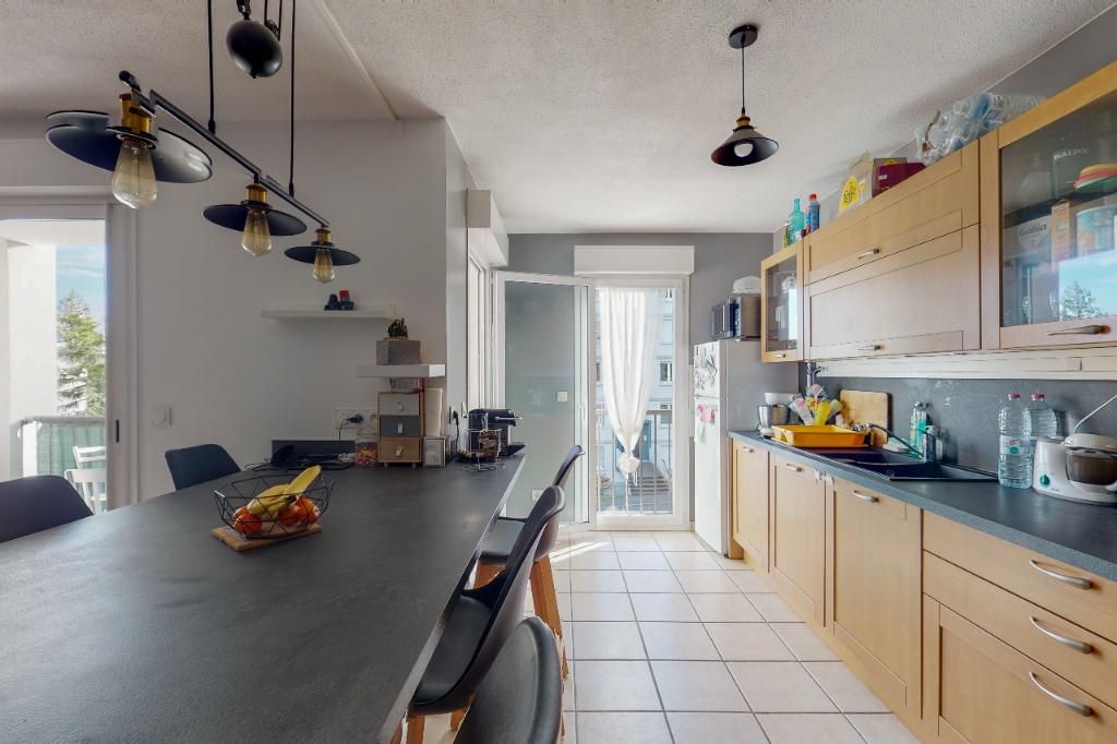 Appartement  A Vendre 3 pièces  Saint Esprit