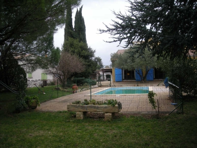 VILLA ST GILLES - 9 pieces - 250 m2