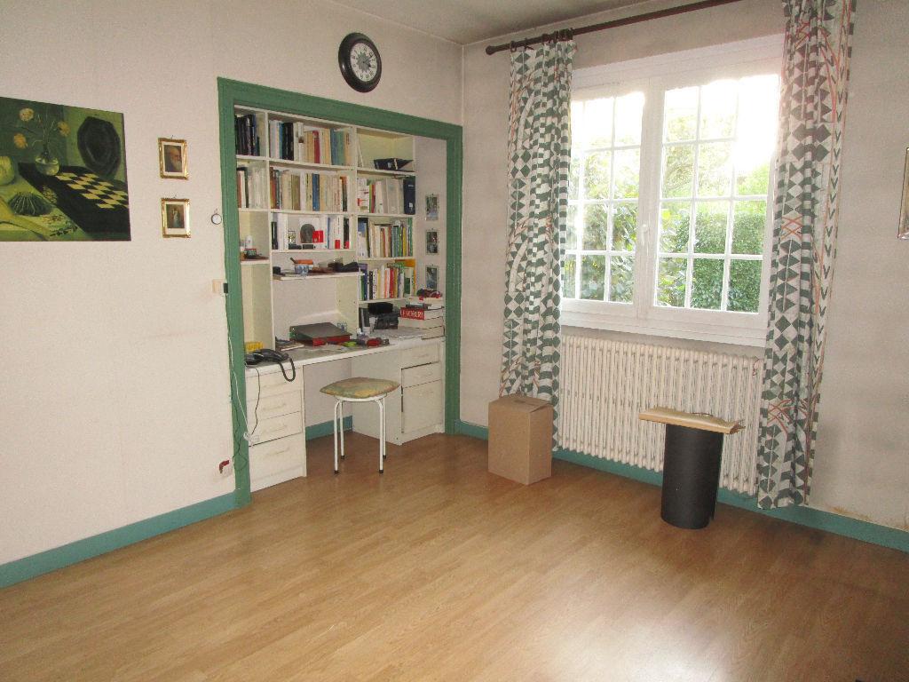 Maison Tassin La Demi Lune 6 pièces 164 m2, garage double terrain 896 m²