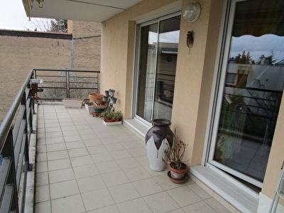 Appartement Craponne 3 pieces, garage, cave, terrasse