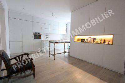 PARIS 7EME - 50 m2 - 3 pieces