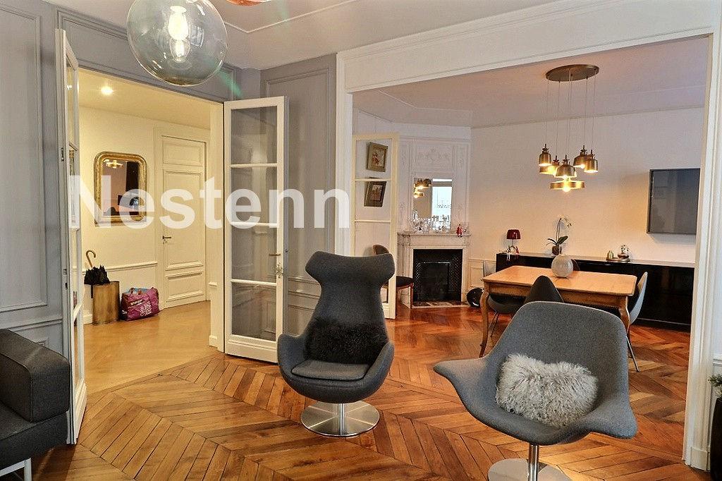 photos n°1 Appartement 5 pièces 133 m² - PARIS 17 Tocqueville - avec cave et parking