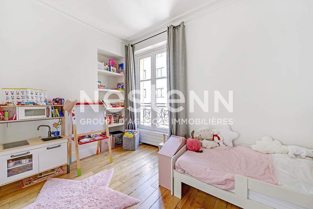 Appartement Paris 3 pièce(s) 87 m2
