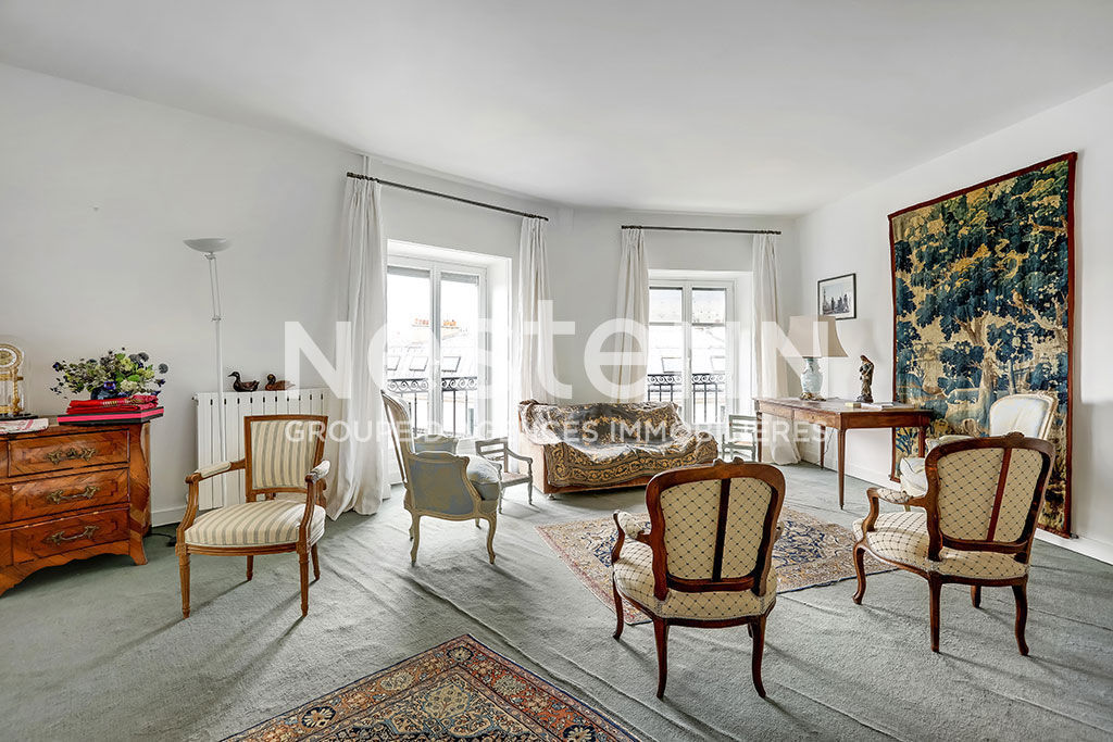 Exclusivité - Paris 10ème - Appartement Paris 5 pièce(s) 153.49 m2