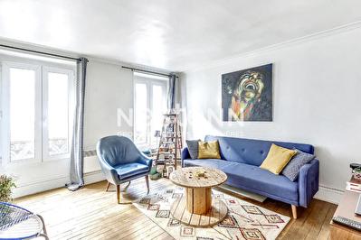 Exclusivite - Paris 9eme - 2 pieces de 34,22 m2 - Cave