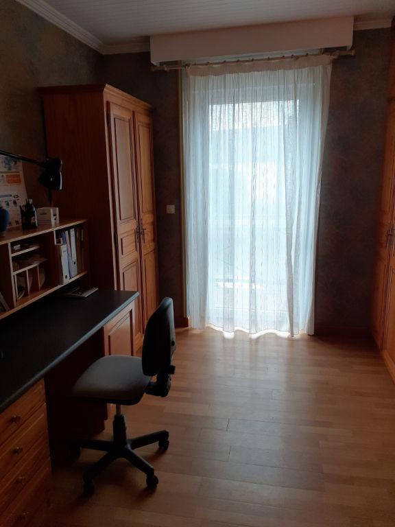 Ensemble de 3 maisons PLESSALA  11 pièces - 6 chambres