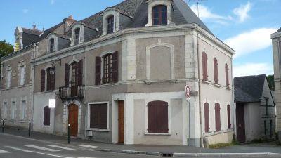 Maison Feneu 8 pieces 190 m2