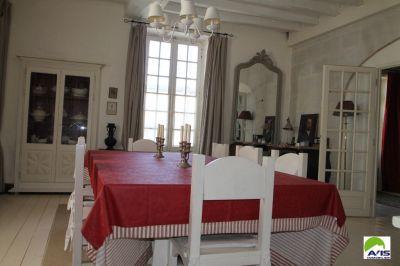Maison ancienne, centre bourg, 5 chambres, 1290 m2 de terrain