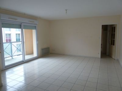appartement 80m2 de 2004, Montreuil Juigne