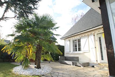 Maison de Standing, Avrille, 145m2, jardin, garage!