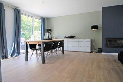 VENDU : Maison Montreuil Juigne, 4 chambres, jardin, garage!