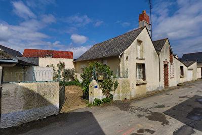 VENDU : Maison a renover Soulaire et Bourg !