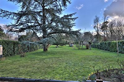 Maison angevine,10 Minutes d'Angers, grand parc de plus de 1300 m2!