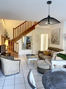 Maison Montreuil Juigne 49460 de 4 chambres.