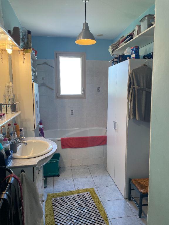 Maison de plain pied  20 min Angers Ouest - 3 chambres - 600 m² de terrain + Garage