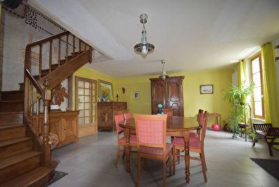 Maison La Menitre 10 pieces 178 m2